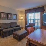 Photo de Homewood Suites by Hilton @ The Waterfront