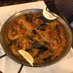 Restaurante de referencia en Sant Carles de la Ràpita. Comida excelente. Paellas sabrosas guisad