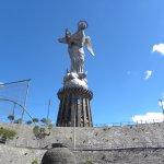 Foto de La Virgin del Panecillo
