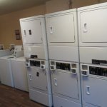 24 hour laundry room with vending machines