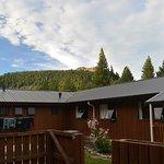Photo de LakeFront Backpackers Lodge