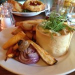 The Chicken Pie, very interesting pastry case