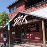 Photo de Zax Restaurant & Watering Hole