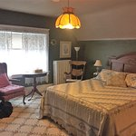 Everest Inn Bed and Breakfast Picture