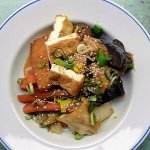 Steamed aubergine, cabbage and tofu w. miso