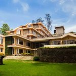 The Carlton - Only 5 Star Hotel In Kodaikanal