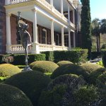 The small formal garden, front side of mansion