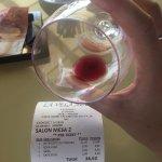 Es una copa de vino para pedir 3,50?!!?!!?