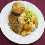 Sunday Lunch Roast Beef only 110 LE