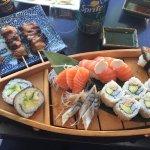 sushi, maki et brochette