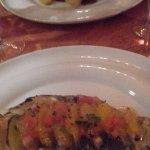 l'assiette de Bar et celle de ris de veau en fond