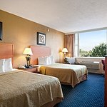 Days Inn Lebanon Valley Photo