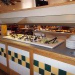 Pizza Hut, US Hwy 89, Flagstaff AZ. NICE Salad bar.