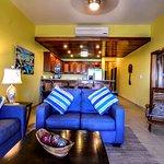 Photo de Hol Chan Reef Villas