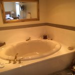 Lodge Room in-room jacuzzi tub
