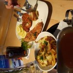 Schnitzel mit Kräuterspätzle