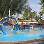 Kids free water play area