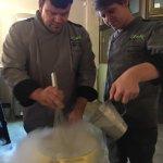 Photo de Chefs At 566