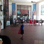 Foto de Hotel Riu Emerald Bay