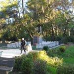 Photo de Grand Park (Parku i Madh)
