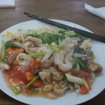 flat noodles with chicken and veggetables - 22,000 Rp