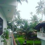 Photo of Rockside Cabanas Hotel