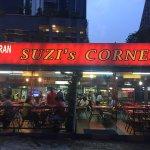 나중에보니 맥주값 바가지나 씌우고 숙소앞이라 가볍게 갔다왔다 말레이시아 식당에대한 신뢰가 사라졌네요....사떼말곤 고기질도 최악!!