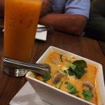 Mango sticky rice, tom kha gai