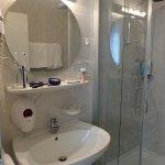 Verzorgde badkamer met modern sanitair