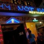 Photo de Why Not Bar - Restaurant