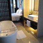 Photo de Pullman Oceanview Sanya Bay Resort & Spa