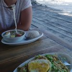 Foto de Kon-Tiki Meno Cottages & Restaurant