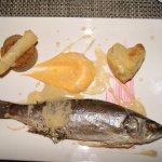 loup de mer au four à la sauce citronnelle