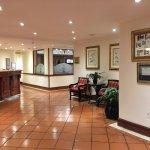 Photo de Protea Hotel by Marriott Johannesburg Balalaika Sandton