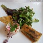 Vorspeise: Zander in Filoteig und Fischmousse