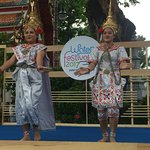 Traditional Thai dancers encountered by chance
