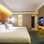 Very nicely appointed 2 Queen Beds Premium Riverview Room