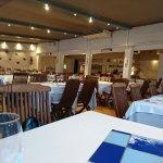 Salle du restaurant ... à 19h30, en Espagne, peu de monde !