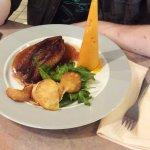 Magret de canard et purée de carottes conique