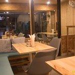 ภาพถ่ายของ White Pines Cafe