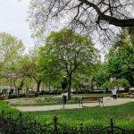 Photo de Liberty Square (Szadadsag Ter)