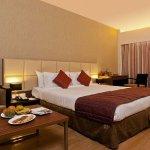 Hotel Yash Grand Photo