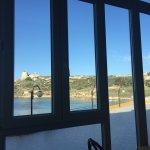 Stanza. Panorami dal balconcino al mattino e al tramonto, e dalla sala colazione.