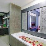 Family Suite Bathroom for Honeymooner