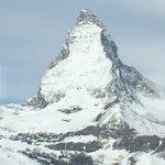 Die Jugendherberge liegt etwas ausserhalb, dafür aber ideal um auf das Matterhorn Skiparadies zu