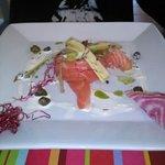 saumon frais avec asperges croquantes