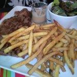 entrecote frites avec sauce au poivre