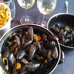 moules frites au curry
