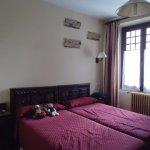Photo de Hotel Ayestaran