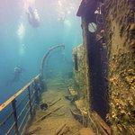 Wreck dive 4